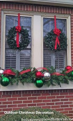 120 Christmas DIY Decorations Easy and Cheap Christmas Window Decorations, Chris… – Outdoor Christmas Lights House Decorations Christmas Window Boxes, Christmas Window Decorations, Christmas Door, Winter Christmas, Christmas Holidays, Christmas Crafts, Outdoor Decorations, Elegant Christmas, Outdoor Ideas