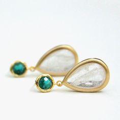 Emerald Green Crackled Clear White Teardrop Quartz by LePetitRuban, $36.00