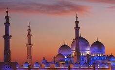 Abu Dhabi Mosque among world's most talked about: TripAdvisor  Gorgeous place to visit...breathtaking!!