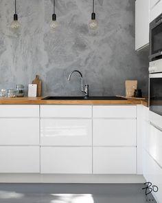 """42 tykkäystä, 1 kommenttia - Bo LKV Helsinki (@bo_helsinki) Instagramissa: """"Inspiraatiota pilvisen perjantaihin tarjoilee tämä upea upea keittiö Taka-Töölössä 😍#keittiö…"""""""
