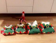 Christmas sweater for the whole family. Christmas Elf, Ugly Christmas Sweater, Christmas Inspiration, Kos, Elf On The Shelf, Holiday Decor, Home Decor, Decoration Home, Room Decor