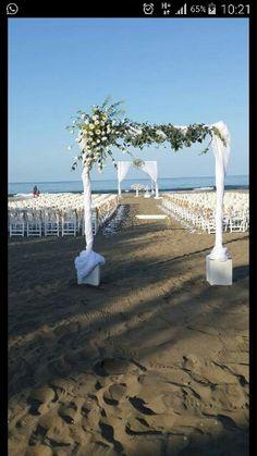 Trabzon'da Kumsal Düğünü #berwishako #bride #groom #beachwedding