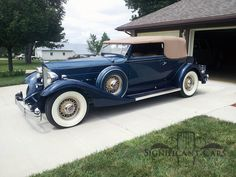 1933 Packard Super 8 Convertible Victoria Vintage Cars, Antique Cars, American Classic Cars, Car Car, Old Cars, Pirates, Convertible, Motorcycles, Victoria