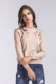 Wholesale price: US$ 13.71 Cheapest Embroidered Round Neck Sleeve With Long Sleeves And Long Sleeves