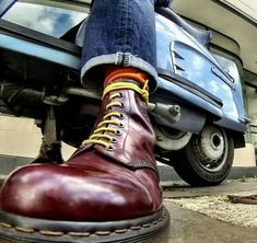 Idk why but Skinhead Boots, Skinhead Fashion, Mens Fashion, Skinhead Style, Doc Martens Outfit, Doc Martens Boots, Scooters, Dm Boots, Rasta Art