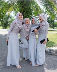 "Perfect for a summer wedding. - Inspirasi Gaun Kebaya Muslim (@gaunkebayamuslim) on Instagram: ""Inspired by @nindyaauliar Mari Berbagi Inspirasi kebaya dan dress cantikmu, Tag @gaunkebayamuslim…"""