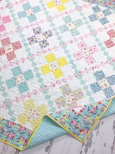 I have a lovely new pattern to share with you today! I am sooo excited about this pattern! I designed this quilt spe. Baby Quilt Patterns, Cross Patterns, Fat Quarters, Snowball Quilts, Cross Quilt, Fat Quarter Quilt, How To Finish A Quilt, Pattern Blocks, Block Patterns