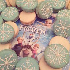 Frozen Movie Themed Macarons / Snowflake