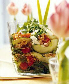 97 kcal: Krabbensalat mit Tomaten, Gurke & Rauke - Herzhaftes unter 350 Kalorien - [LIVING AT HOME]