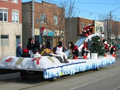 Winter Wonderland Christmas Floats for Parade Ideas