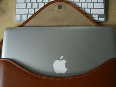 """Quick Review: Beyza Cases' """"Thinvelop"""" For MacBook Air 