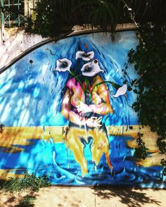 You melt for a flower... follow us @arty.city #streetart #streetstyle #streetwear #cerroalegre #valparaiso