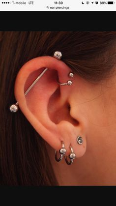 Industrial, forward helix and three standard lobe piercings. This is basically what I want done, just not the forward helix Piercing Anti Helix, Triple Forward Helix Piercing, Piercing Cartilage, Ear Peircings, Cute Ear Piercings, Tattoo Und Piercing, Body Piercings, Bar Ear Piercing, Double Helix