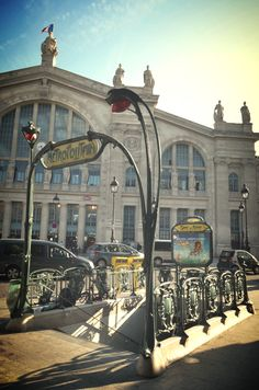 Paris metro at Gare du Nord (photo by @James Clark)