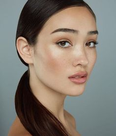 """162 Likes, 9 Comments - Alexis Swain (@lexiswain) on Instagram: """"A little clean beauty on this beauty. ✨ @lisabeth_wood #photo @michelson_ari #makeup by ME…"""""""
