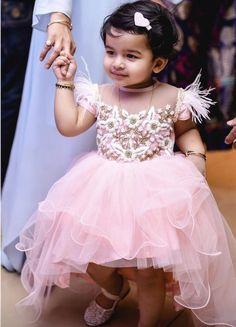 Cute Baby Dresses, Cute Little Girl Dresses, Baby Girl Party Dresses, Dresses Kids Girl, Baby First Birthday Dress, Birthday Frocks, 2nd Birthday, Baby Girl Frocks, Frocks For Girls