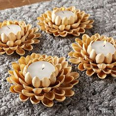 Glue pistachio shells in a floral pattern around small votive candles. Holiday Candles, Fall Candles, Diy Candles, Diy Crafts Hacks, Diy Home Crafts, Diy Arts And Crafts, Diy Projects, Diwali Craft, Diwali Diy