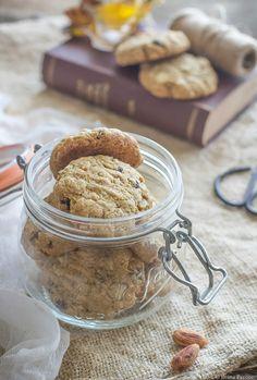 Biscotti ai fiocchi d'avena e uvetta
