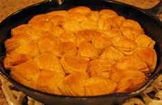 apple cinnamon monkey bread done skillet