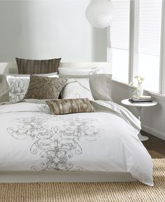 bed set, macys, if this were purple it would be perf!