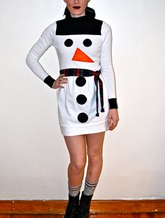 Snowman outfit for fun Holiday Party Tacky Christmas Party, Tacky Christmas Sweater, Christmas Party Outfits, Ugly Sweater Party, Christmas Costumes, Christmas Fashion, Holiday Dresses, Christmas Snowman, Christmas Crafts