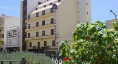 Best Western Hotel Dom Bernardo Faro Just a short walk from Faro's marina and main shopping area,  Best Western Hotel Dom Bernardo offers rooms with complimentary Wi-Fi and cable TV. Facilities include a 24-hour reception.