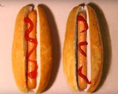 Can You Tell Why People Are Drawn To This Hot Dog Challenge? Hot Dog Buns, Hot Dogs, Drawing Skills, Why People, Dog Art, Challenges, Canning, Ethnic Recipes, Home Canning