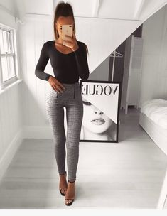 120 Pants Outfit Ideas Articolul 120 Pants Outfit Ideas apare prima dată în Tips for Ladies. Source: niceladies Source by Casual Outfits Business Casual Outfits, Business Attire, Classy Outfits, Formal Outfits, Church Outfits, Work Fashion, Fashion Looks, Fashion Fashion, Street Fashion