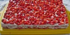 Lecker Erdbeer Rezept - Tiramisu anstatt Kuchen *** Yummy Strawberry Recipe - not always Cake what about Italian Tiramisu ❤️ Easy Desserts, Dessert Recipes, Dinner Recipes, Christmas Recipes For Kids, Christmas Dinners, Strawberry Recipes, Strawberry Tiramisu, No Bake Treats, Food Cakes