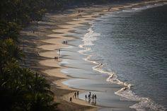 Una de las más bellas playas para nadar y practicar deportes acuáticos, sus olas son suaves, perfectas para los nadadores y no nadadores también. Cuenta con más de un kilómetro y medio de longitud. Visita Playa Ropa en #Ixtapa #Zihuatanejo y vive un #BestDay  #OjalaEstuvierasAqui :)