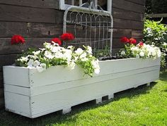 Rustic garden shed part 3 - an old gate and a crate flowerboxFunky Junk Interiors
