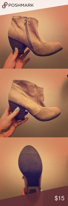 Size 7 Ankle Booties These are super cute tan ankle booties that have never been worn. Bought them from Just Fab and they didn't quite fit right so I'm passing them on. Size 7. pet free/smoke free home! Shoes Ankle Boots & Booties