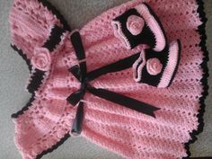Baby girl dress with headband and booties