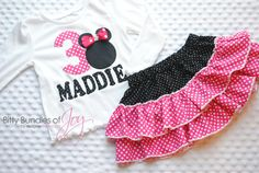 Hey, I found this really awesome Etsy listing at https://www.etsy.com/listing/176381250/minnie-mouse-birthday-outfit-in-pink