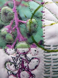 Note bobbin colour different to top thread colour. Beaut effect. Poke Salad Annie quilt in progress   Flickr - Photo Sharing!