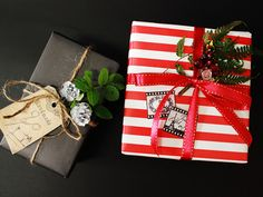 ストライプラッピングペーパーレッド10枚(B2サイズ)赤、白【包装紙、包み紙】クリスマスにカッコイイラッピング!
