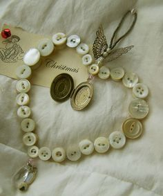 Heart shaped button craft! ♥