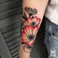 Merci Nina! #tattoo #coquelicot #ink #red #colortattoo #toulouse #flowertattoo