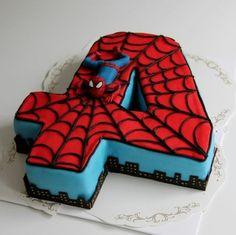 gateau spiderman, gâteau super héros en forme du chiffre 4