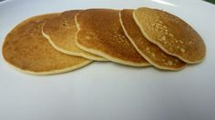 Very easy pancake recipe that is gluten free and good for people that are lactose intolerant Rice Flour Pancake Recipe, Recipes Using Rice Flour, Rice Pancakes, Dairy Free Pancakes, No Flour Pancakes, Pancakes Easy, Pancake Recipes, Kodiak Pancakes, Paleo Flour