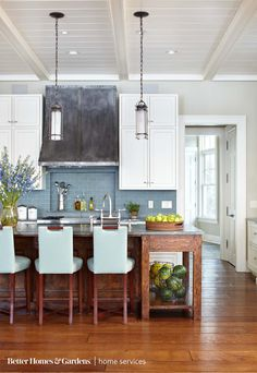 A bright color palette for the kitchen can be used to brighten the home. | Better Homes & Gardens | Home Services | Contractor | Kitchen | Color | Remodel |