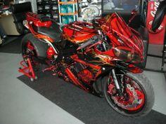 Yamaha R1 omg!