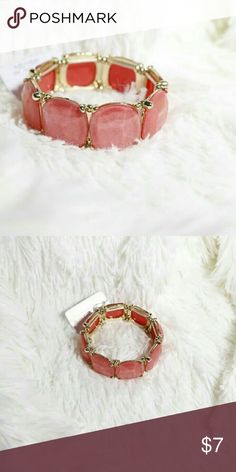 NWT PINK/CORAL BRACELET New with tag Bundle 2+ items to save shipping $$ Jewelry Bracelets