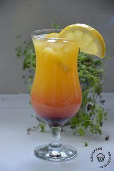 Drink Sunset with lemonade and Grenadine - KulinarnePrzeboje. Hurricane Glass, Lemonade, Food And Drink, Smoothie, Sweets, Wine, Tea, Coffee, Drinks