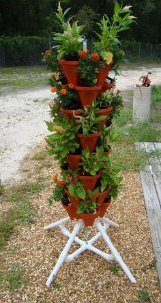Mr Stacky Vertical Gardening Tower - Hydroponics Aquaponics Soil - Pots and Stand - Tall Tiered Planter Grows 32 Plants - Backyard Container Vertical Hydroponics, Hydroponic Gardening, Aquaponics, Container Gardening, Gardening Tips, Urban Gardening, Backyard Garden Landscape, Backyard Plants, Gravel Garden
