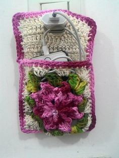 Ideas Diy Phone Case Crochet Iphone For 2019 Crochet Phone Cases, Diy Phone Case, Crochet Square Patterns, Crochet Stitches, Diy Beauty Blender, Baby Food Jar Crafts, Crochet Mobile, Christmas Paper Crafts, Diy Gifts For Friends