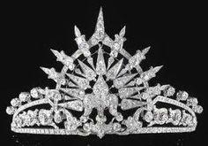 The Royal Order of Sartorial Splendor: Tiara Thursday: The Bavarian Sunburst Tiara
