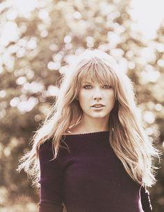 Taylor Swift... why is she soooo pretty? #jealous
