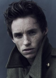 Eddie Redmayne... a great actor and one of the most interesting faces I've ever seen