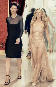 Carrie Bradshaw Stil in Sex and the City, Outfits von Carrie Bradshaw Carrie Bradshaw Outfits, Carrie Bradshaw Estilo, Carrie Bradshaw Hair, 90s Fashion, Womens Fashion, Fashion Photo, City Fashion, Fashion History, City Outfits